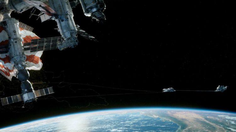 Sandra Bullock och George Clooney har rymdproblem i filmen Gravity.