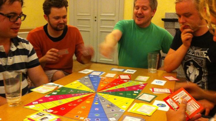Som en del i lanseringen har Harald åkt runt och visat upp spelet. Foto: Harald Enoksson