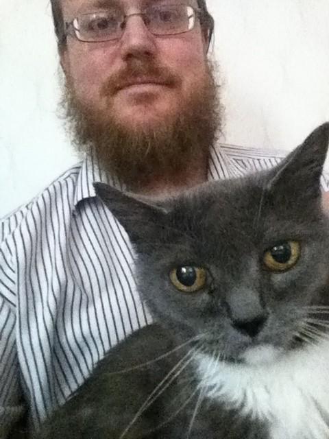 Harald med sin katt Mikris