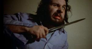 Peter Jackson gör en stark rollprestation i den egna filmen Braindead (1992), men ses ändå inte som en dejtfilm enligt artikelförfattaren. Foto från Braindead.