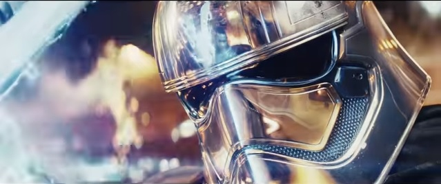 Captain Phasma ses duellera med Finn i trailern. Bild: Youtube